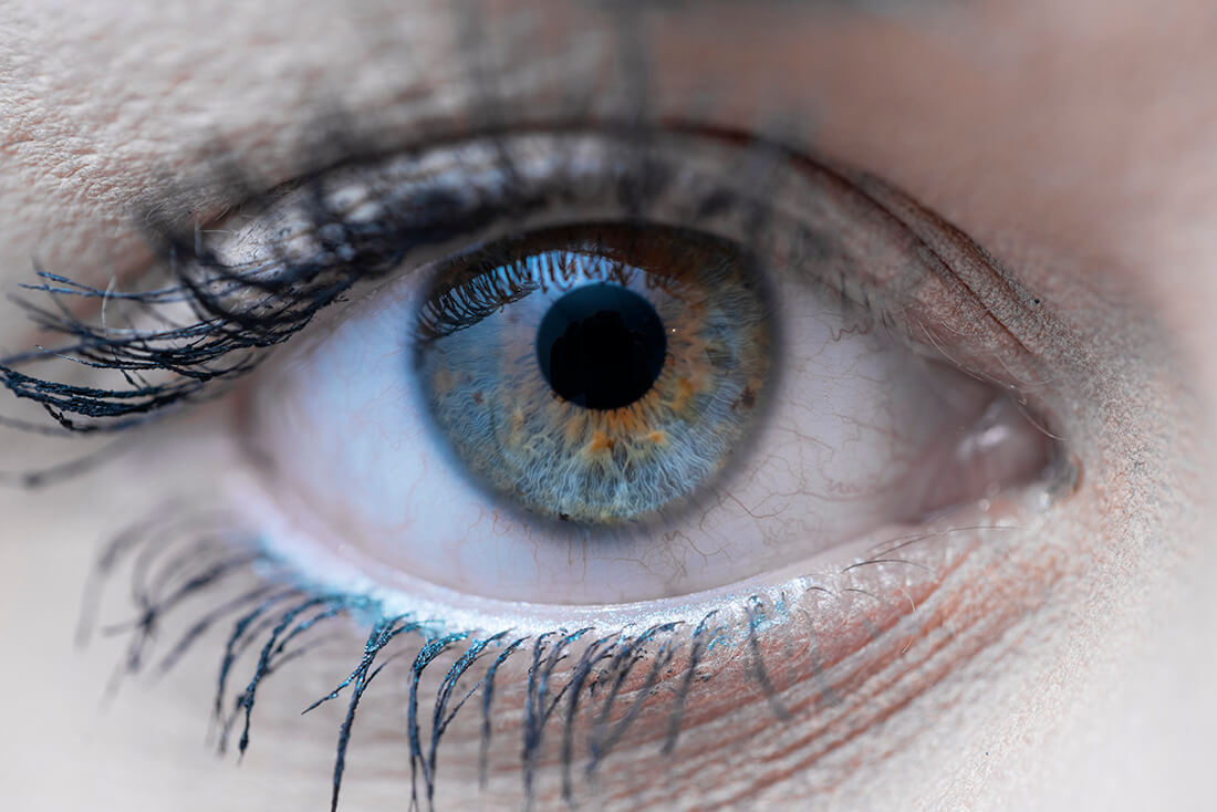 Augenarzt Kriftel - Kehrein - Praxis Nahaufnahme Auge